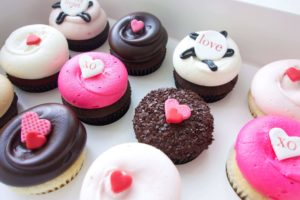 World In Four Days | A Travel & Lifestyle Blog: Los Angeles, California-Georgetown Cupcake