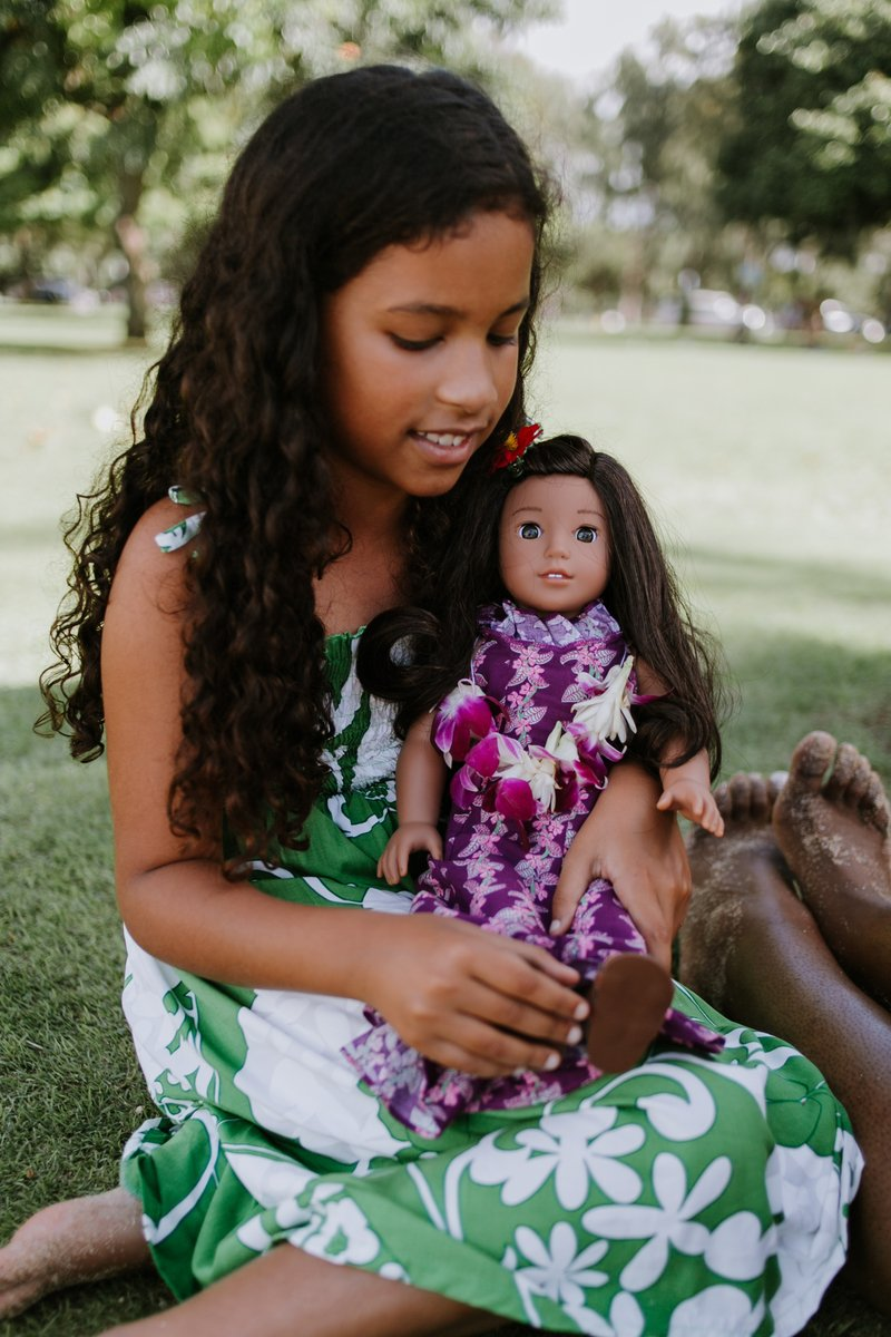 Hire A Travel Photographer, Flytographer, Oahu, Hawaii, Nanea Mitchell, American Girl Doll