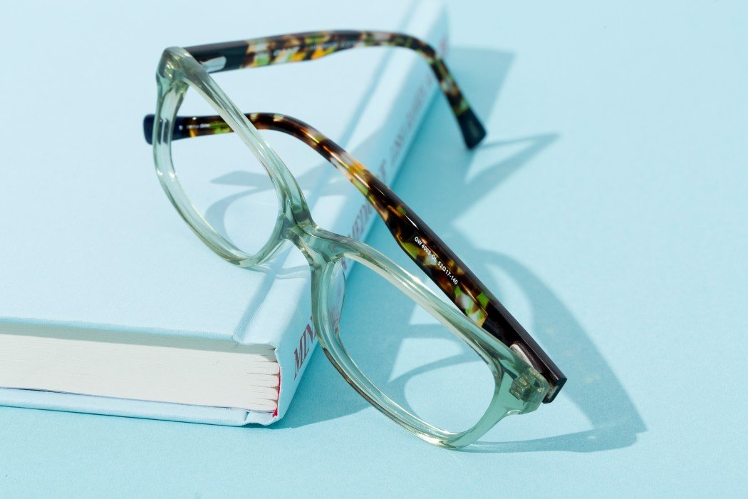 We love switching up our looks to match our style, that's why we buy new glasses every year. Our go-to place for glasses has always been Coastal.com. Check out our eyeglass roundup of 25 Stylish Glasses For Women + Kids Under $75 all from Coastal.com