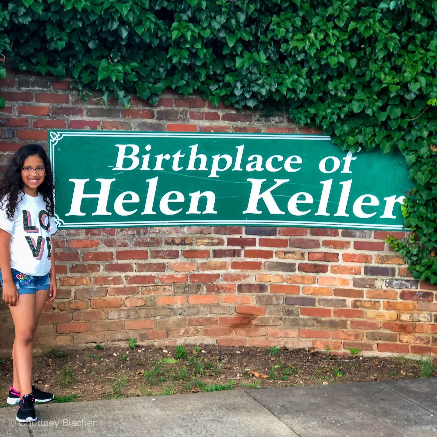 Historical Travel For Kids – The Helen Keller House Tour